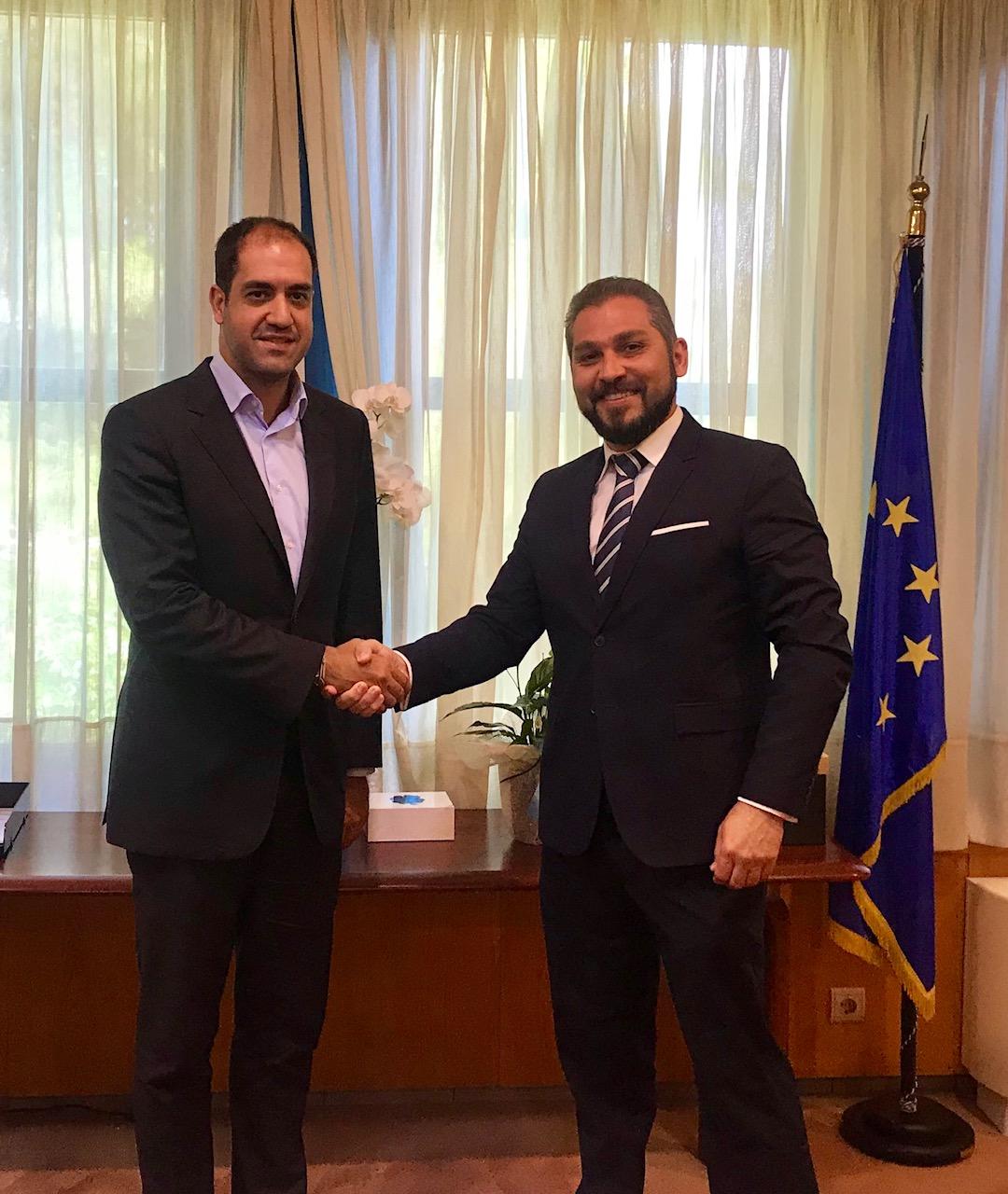 Το υπ. Μεταφορών περνάει από τα λόγια στις πράξεις με απλούστευση αδειοδοτικών διαδικασιών για τα υδατοδρόμια- Συνάντηση με Hellenic Seaplanes