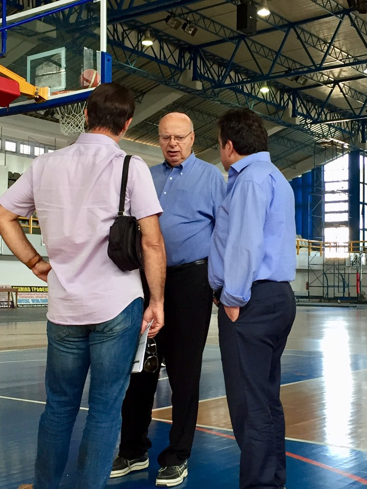 Δήμος Πύργου: Επίσκεψη- αυτοψία Γιώργου Βασιλακόπουλου και του δημάρχου Τάκη Αντωνακόπουλου στο Κλειστό Γυμναστήριο Πύργου (Photos)