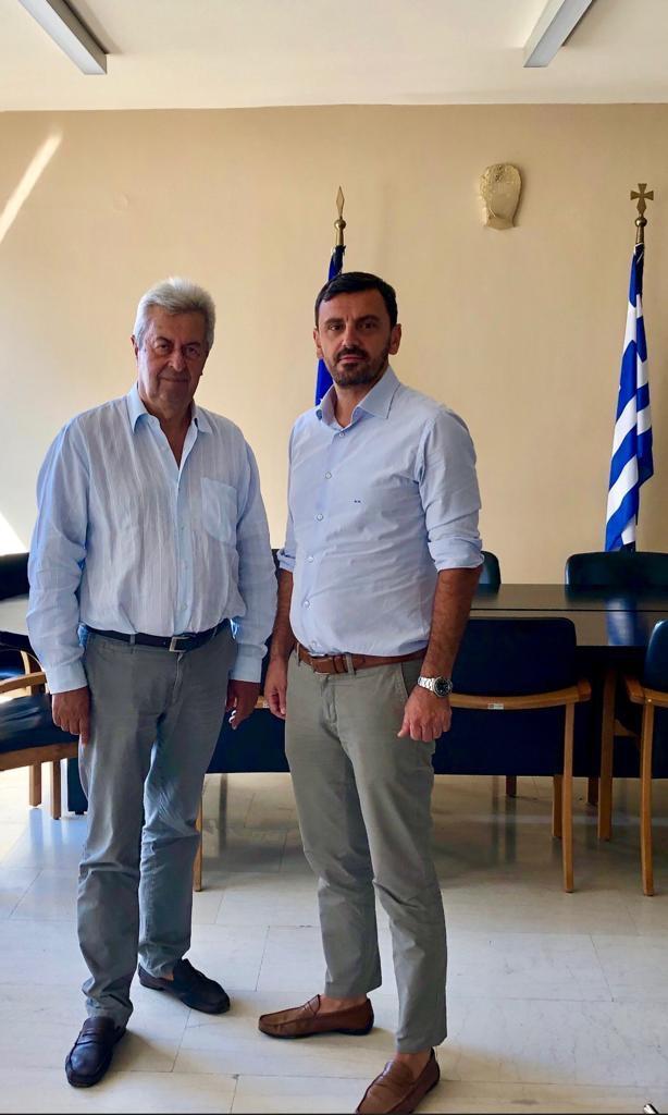 Ανδρέας Νικολακόπουλος: Συζήτηση για την αγορά και θέματα επιχειρηματικότητας στη συνάντηση με τον Πρόεδρο του Επιμελητηρίου Ηλείας Κώστα Νικολούτσο