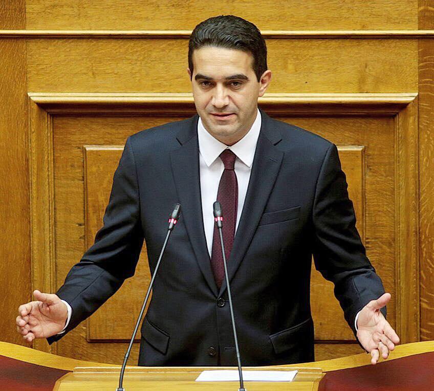 """Μιχάλης Κατρίνης: """"Ο κ. Καραμανλής αποφεύγει να απαντήσει στη Βουλή για το δρόμο «Πάτρα-Πύργος»''"""