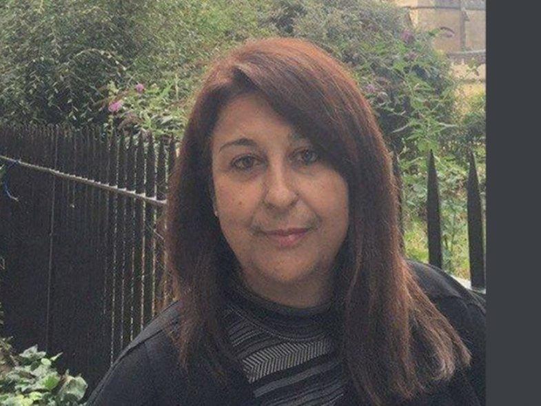 Σύζυγος του Υποδιοικητή της ΤτΕ η 52χρονη Καθηγήτρια Πανεπιστημίου Βασιλική Καραβάκου που ξεψύχησε στο ασθενοφόρο από Πύργο προς το Νοσοκομείο Ιωαννίνων - Είχε επισκεφθεί την Αρχ. Ολυμπία για συνέδριο