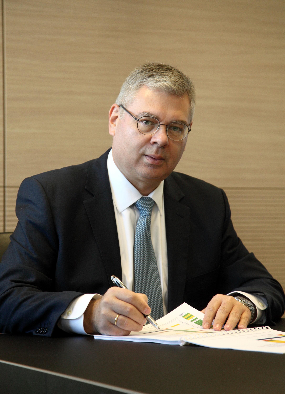 ΕΛΠΕ: Σημαντική ενίσχυση της λειτουργικής κερδοφορίας και σταθερή βελτίωση των χρηματοοικονομικών μεγεθών