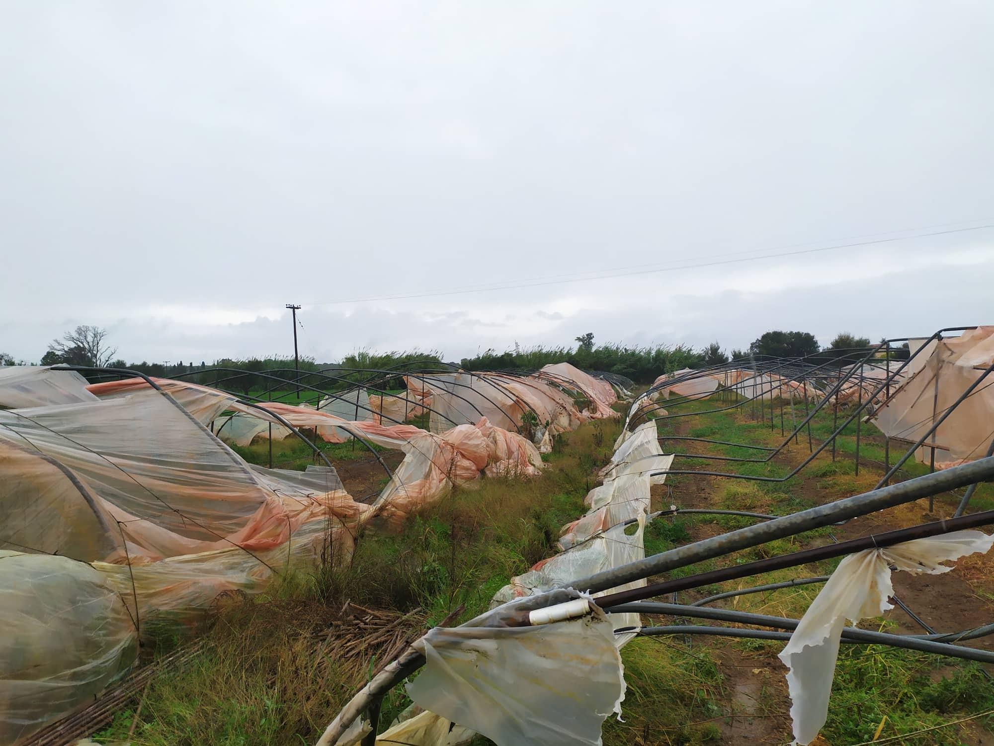 Μεγάλες ζημιές σε θερμοκήπια του Νεοχωρίου του δήμου Ανδραβίδας –Κυλλήνης από ανεμοστρόβιλο