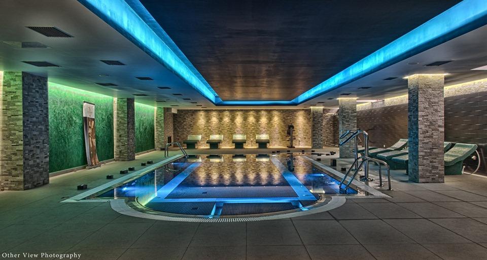 Το Arty Grand Hotel στην Αρχ. Ολυμπία αναζητά δύο εργαζόμενους για τη στελέχωση θέσεων Υποδοχής και SPA (Φυσιοθεραπευτή)