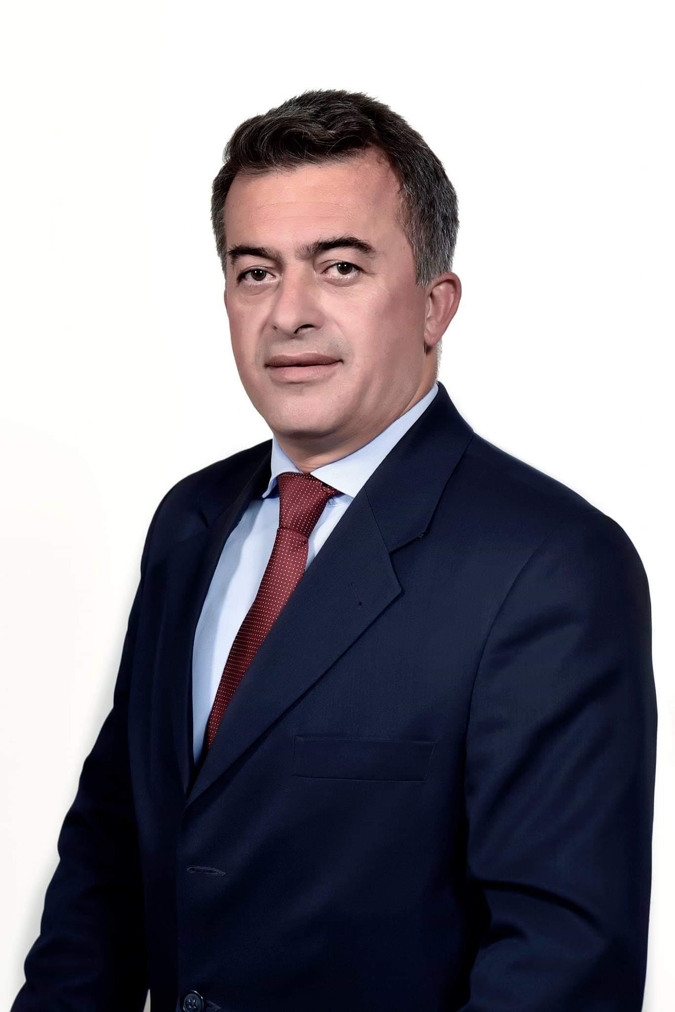 Δημήτρης Κωνσταντόπουλος: Το «καλάμι» της πολιτικής και οι πολιτικοί