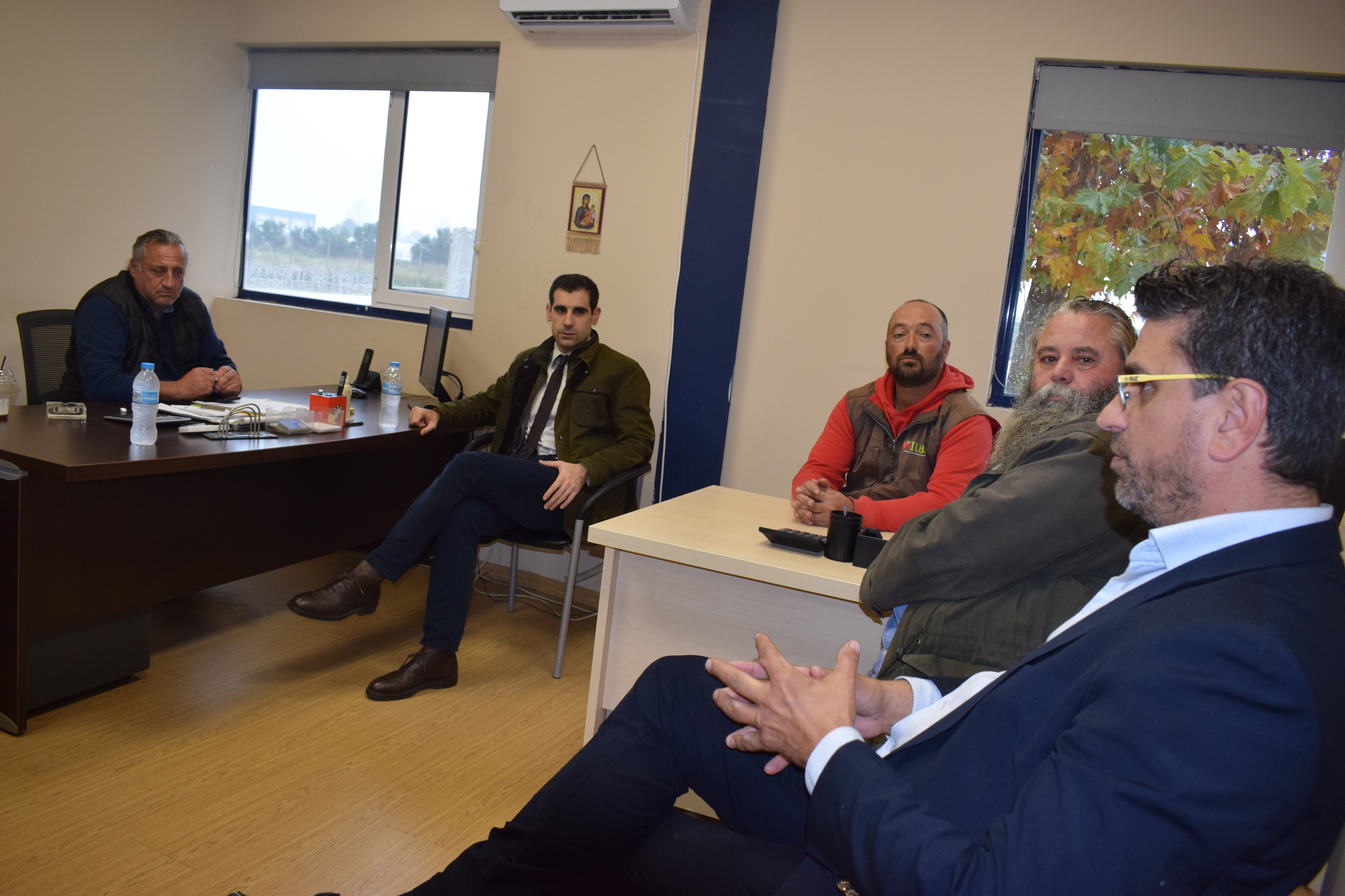 Δήμος Ανδραβίδας-Κυλλήνης: Ο Δήμαρχος Γιάννης Λέντζας και ο Αντιπεριφερειάρχης Βασίλης Γιαννόπουλος επισκέφθηκαν τις παραγωγικές δυνάμεις του Δήμου
