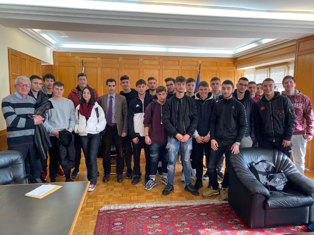 Πύργος: Συνάντηση Αντιπεριφερειάρχη ΠΕ Ηλείας Βασ. Γιαννόπουλου με μαθητές από Λύκεια του Πύργου και ενημέρωση για την Πατρών-Πύργου