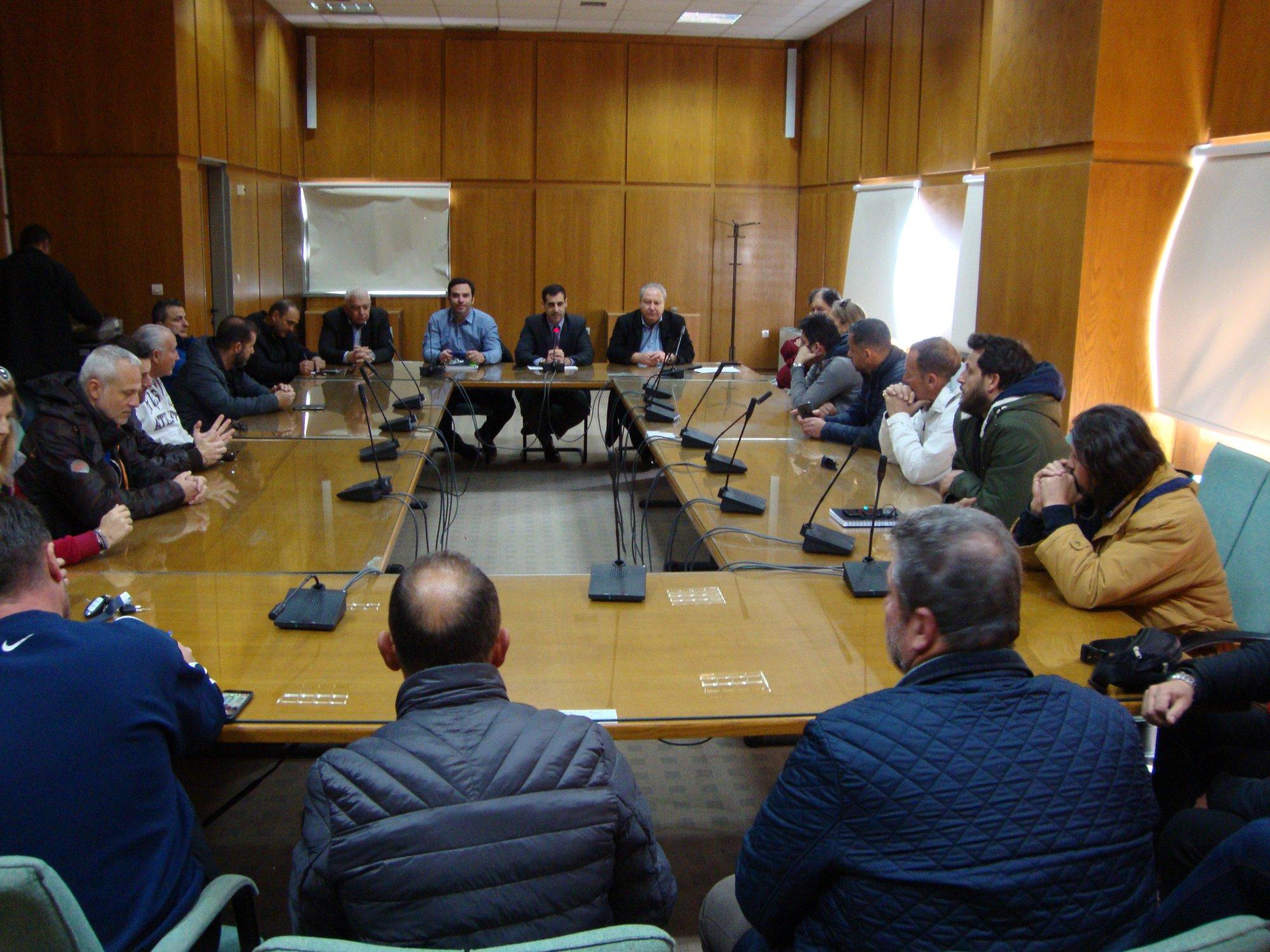 Π.Ε. Ηλείας: Συνάντηση στον Πύργο του Αντι/άρχη Βασίλη Γιαννόπουλου με εκπροσώπους αθλητικών σωματείων του Νομού για την επιβολή μέτρων σε σχέση με τον κορωνοϊο