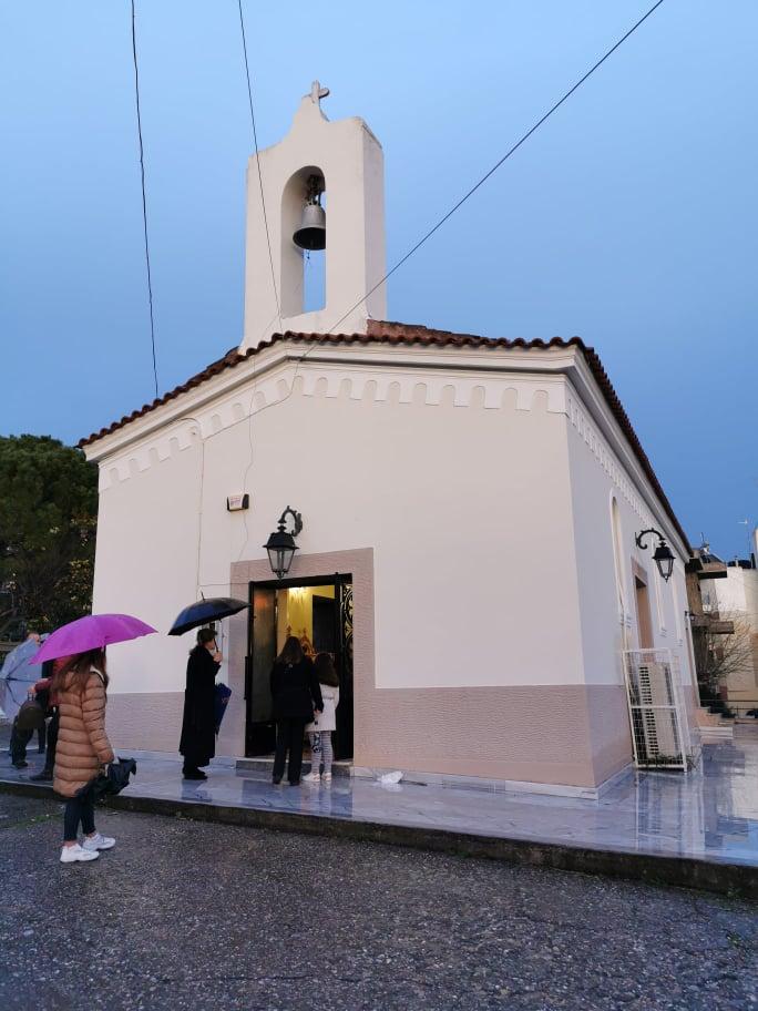Ο Β΄ Κατανυκτικός Εσπερινός στον Ι. Ν. Αγ. Κυριακής Πύργου και η μεταφορά του Αγίου Χαραλάμπους στο Ναϋδριό του (photos)