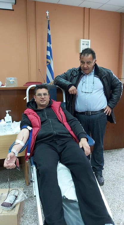 Με επιτυχία στέφθηκε η εθελοντική αιμοδοσία στο Δημαρχείο της Βάρδας (photos)
