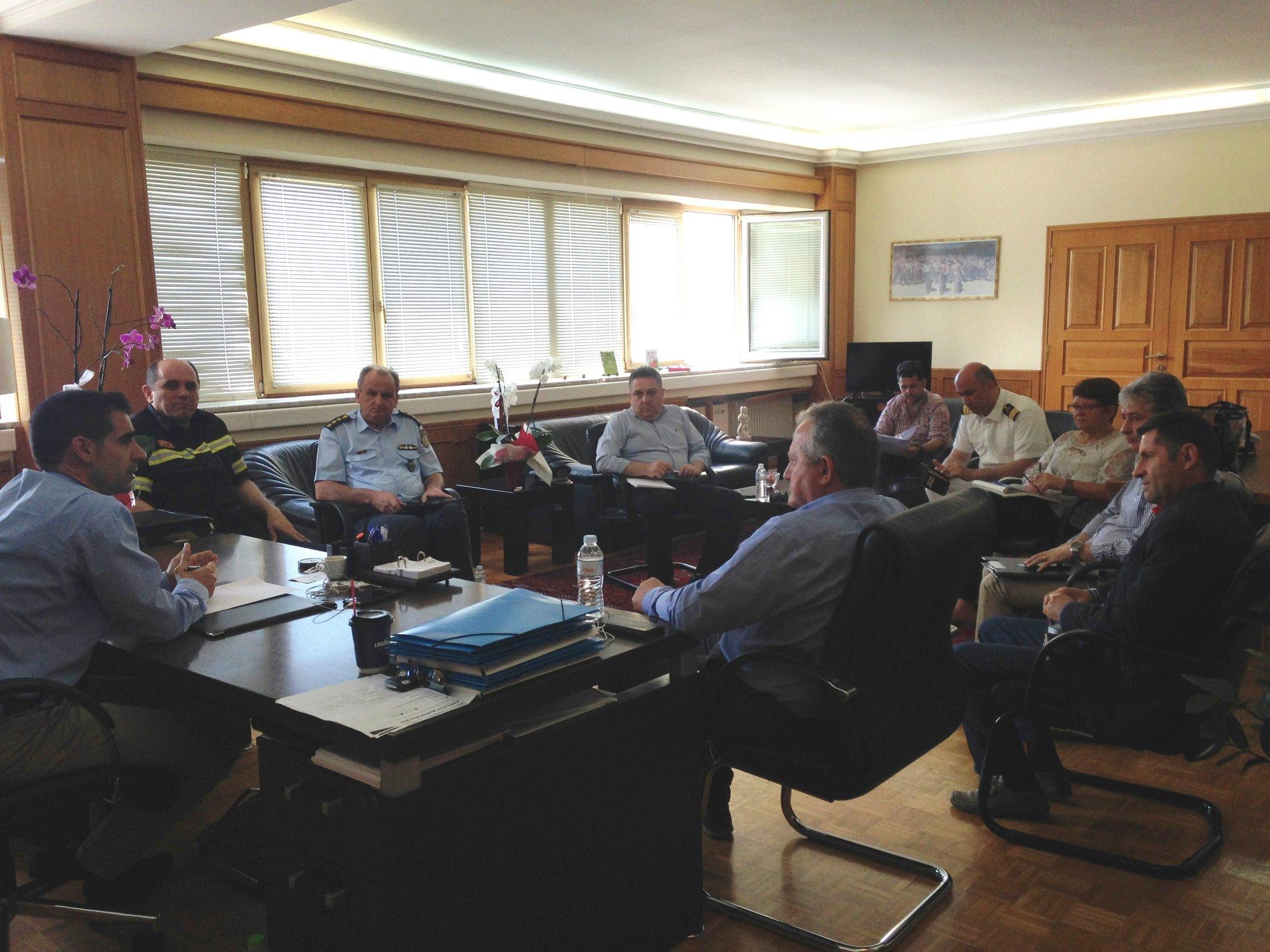 Πύργος: Σύσκεψη υπό του Αντιπεριφερειάρχη Β. Γιαννόπουλου για την εκπόνηση σχεδίου εκκένωσης των παραλιακών «οικισμών» σε περίπτωση πυρκαγιάς