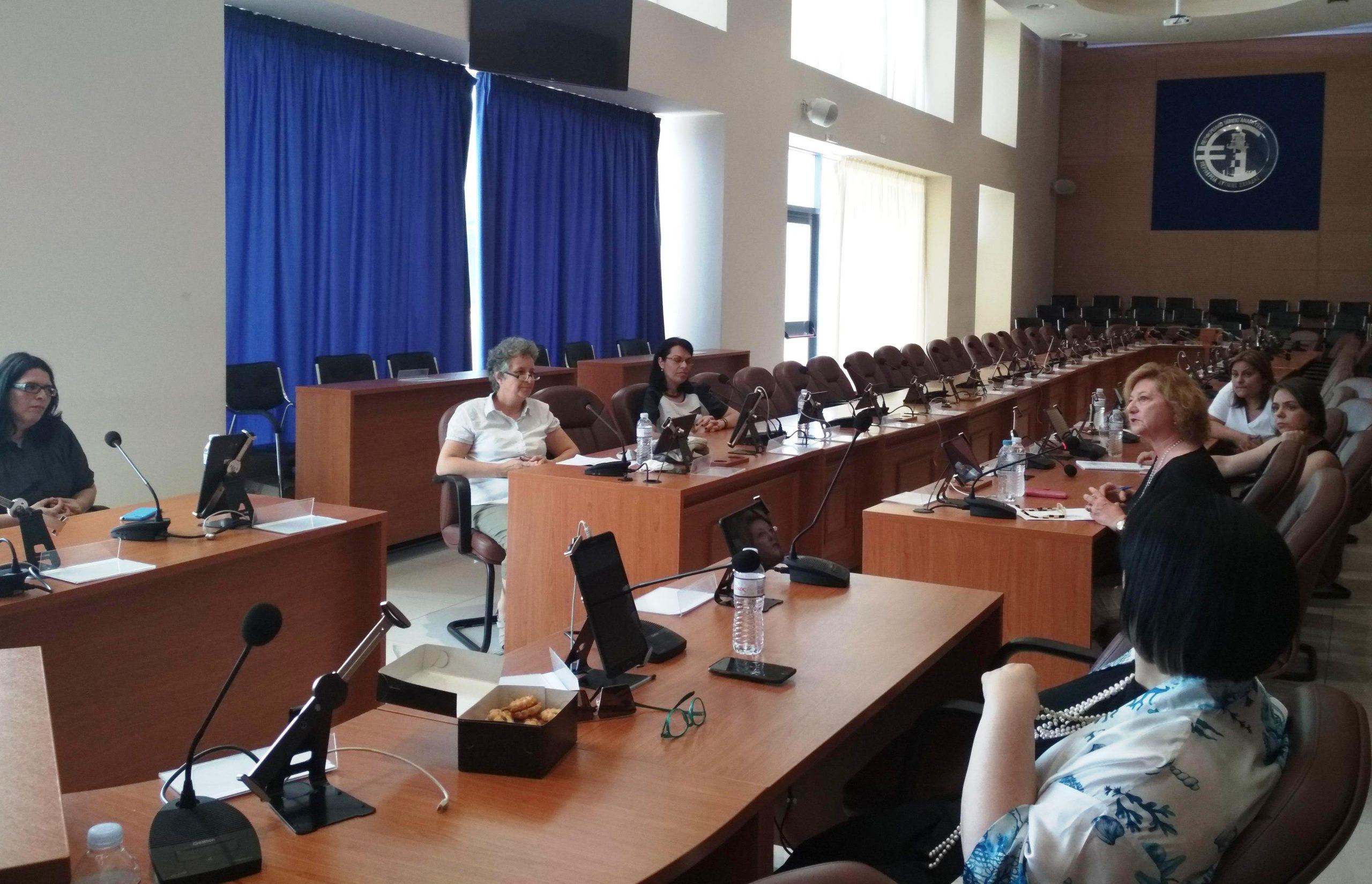 ΠΔΕ: Συνάντηση των μελών της υπό σύσταση, Περιφερειακής Επιτροπής Ισότητας (photos)