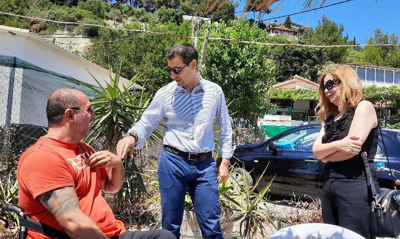 Εγκαταστάθηκε το «Seatrac» της Π.Ε Ηλείας στις «Πλάκες» Κατακόλου- Αντιπ/ρχης Βασ. Γιαννόπουλος: «Στόχος μας η διασφάλιση της ισότιμης συμμετοχής όλων των πολιτών στην απόλαυση της θάλασσας» (photos)