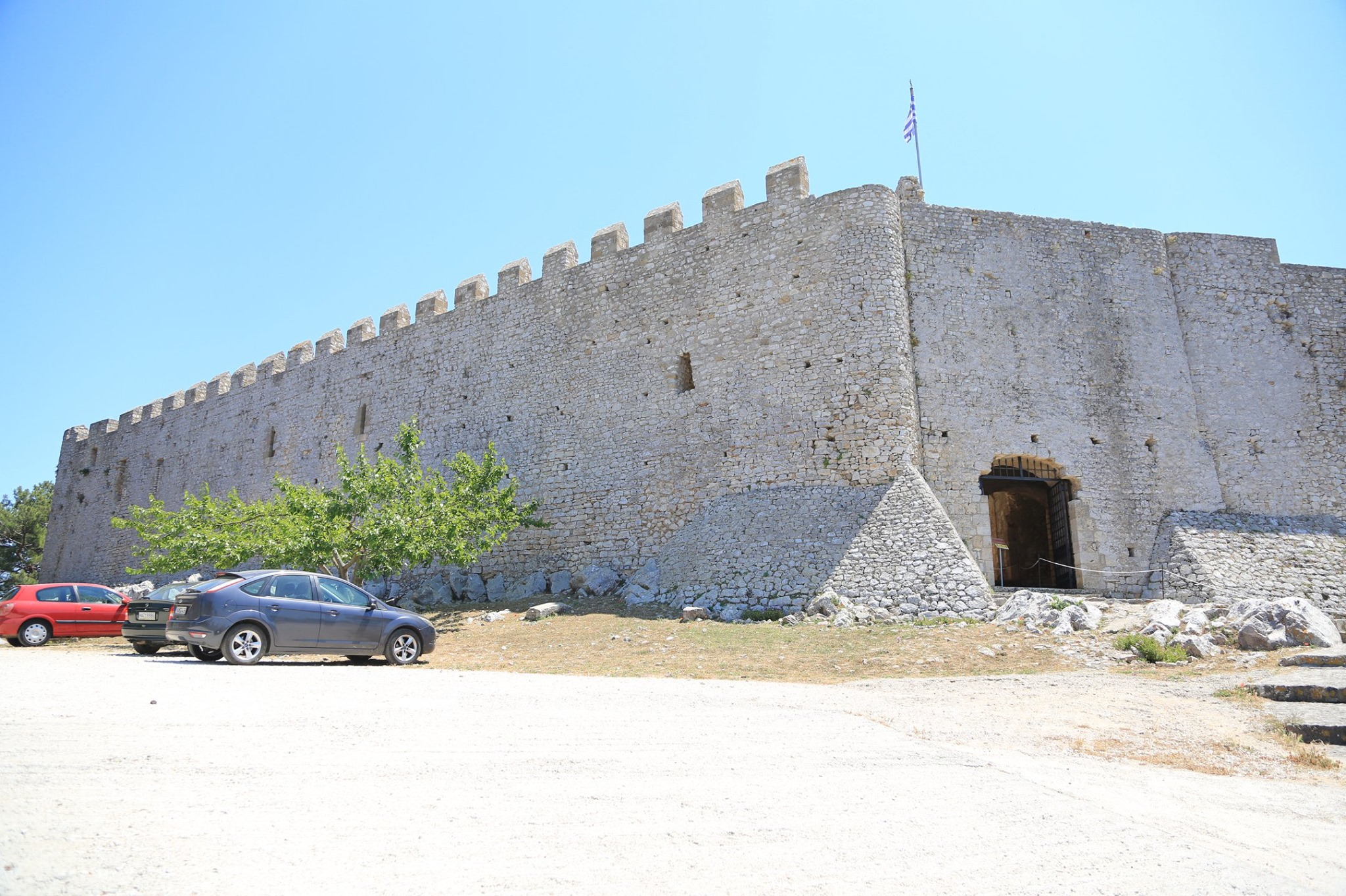 Δήμος Ανδραβίδας-Κυλλήνης: Ανάδειξη και Προβολή του Κάστρου Χλεμούτσι στην Ευρώπη (photos)