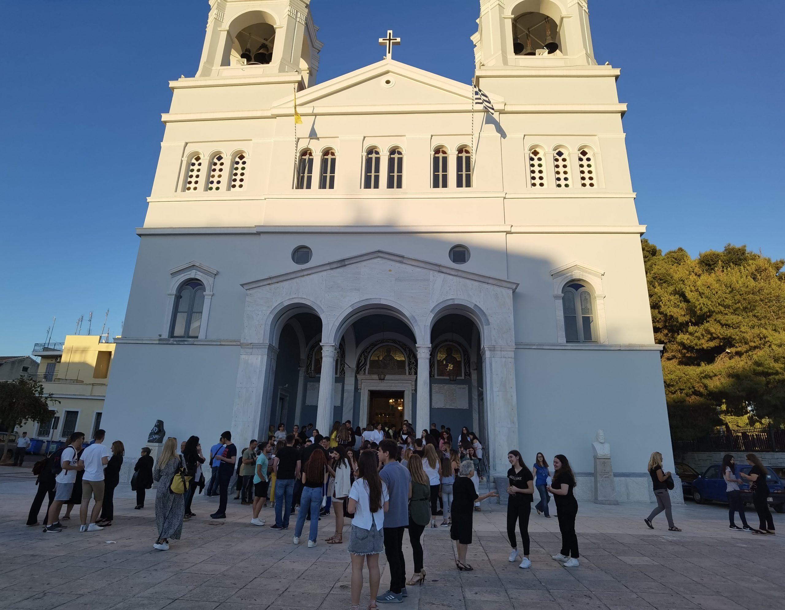 Πύργος: Πραγματοποιήθηκε η Ιερή Παράκληση για τους υποψηφίους των Πανελλαδικών εξετάσεων, στον Μητροπολιτικό Ναό Πύργου (photos)