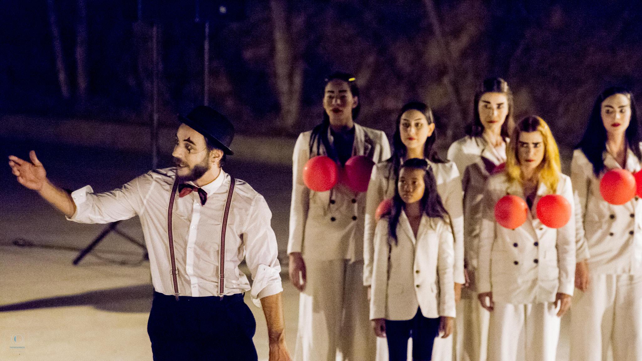 Διεθνές Φεστιβάλ Τεχνών Αρχαίας Ολυμπίας: Συνάρπασαν το κοινό οι «Βάκχες» από το ΔΗ.ΠΕ.ΘΕ. Κοζάνης σε σκηνοθεσία Χρήστου Σουγάρη (photos)