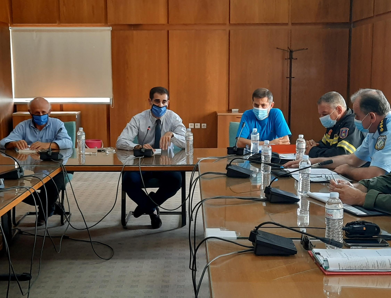 Πύργος: Έκτακτη συνεδρίαση Σ.Ο.Π.Π. Ηλείας υπό τον Αντιπ/άρχη Π.Ε Ηλείας Β. Γιαννόπουλο- Ενημέρωση/οδηγίες προς τους πολίτες για περιορισμό των μετακινήσεων (photos)