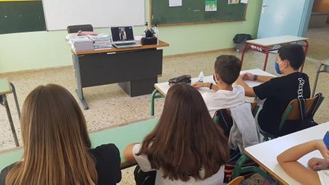 Δημοτικό Σχολείο Σκουροχωρίου: Τηλεδιάσκεψη με την Ολυμπιονίκη Μαρία Τσουρή - 7η Πανελλήνια Ημέρα Σχολικού Αθλητισμού