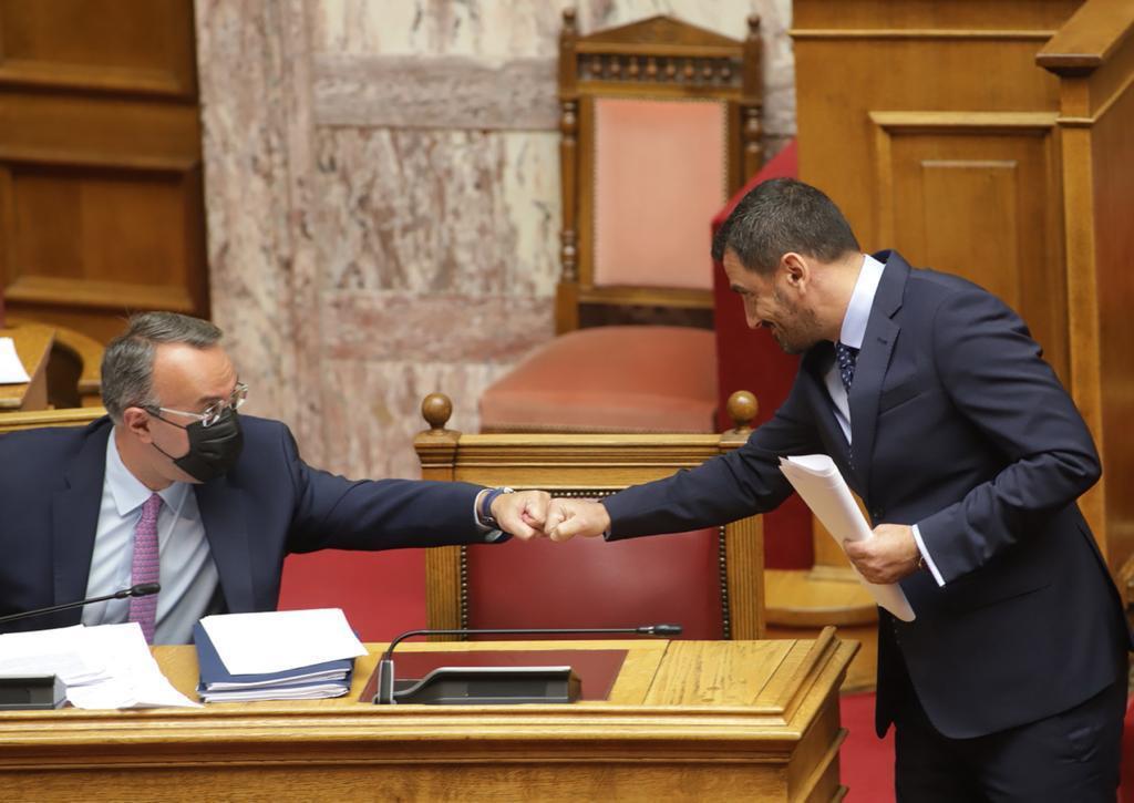 Ανδρέας Νικολακόπουλος: Ρυθμίσεις πραγματικής «ανάσας» για τους δανειολήπτες μας- Ιδιαίτερη αναφορά στα δάνεια των πυροπλήκτων κατά την ομιλία του στη βουλή
