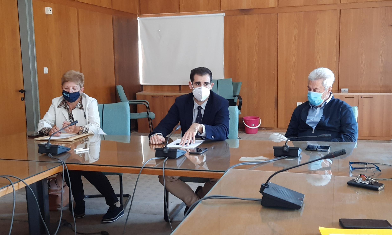 Πύργος: Σύσκεψη υπό τον Αντιπεριφερειάρχη Π.Ε Ηλείας Βασίλη Γιαννόπουλο για τα μέτρα προστασίας από τον Covid -19