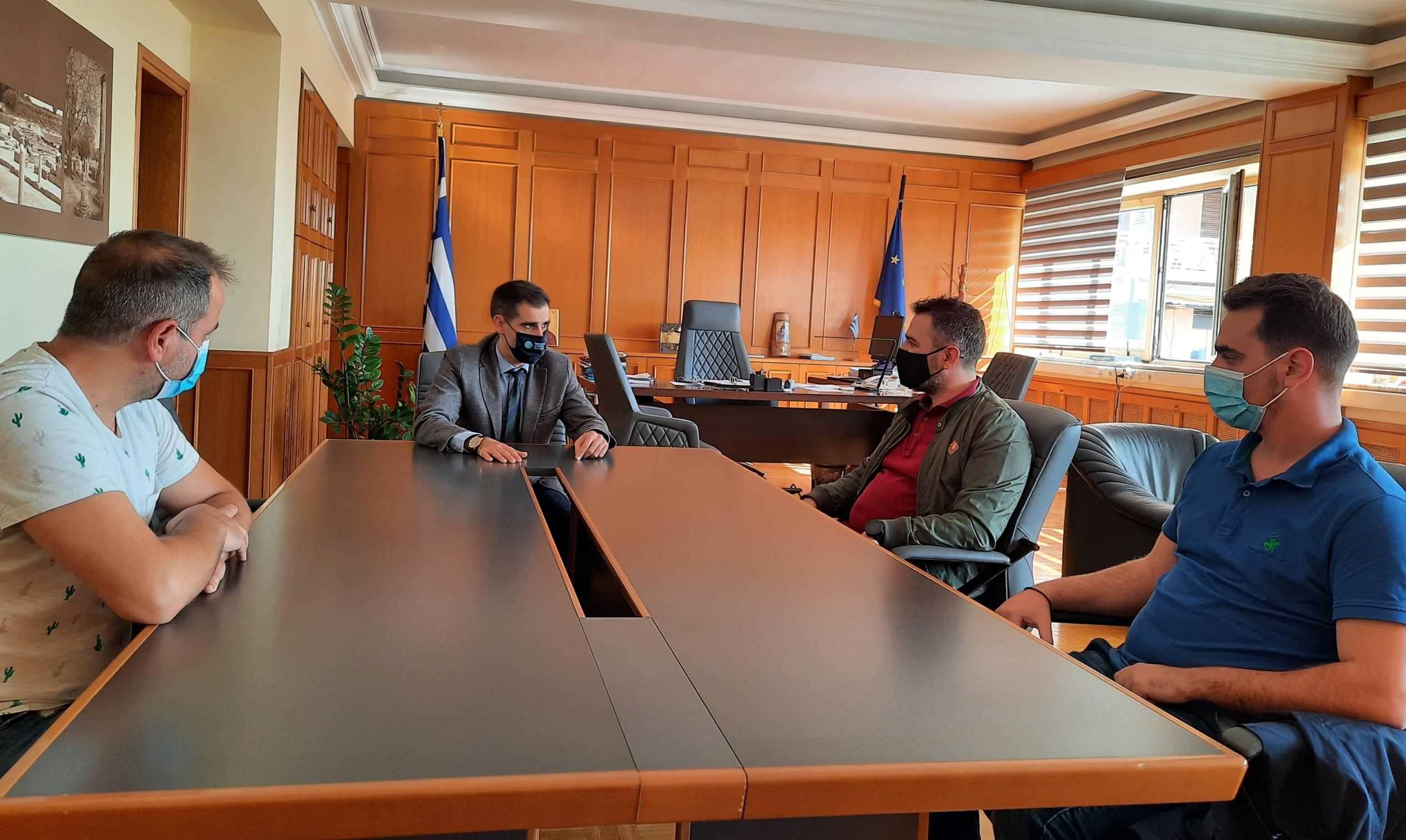 ΠΕ Ηλείας- Β. Γιαννόπουλος: Προσφορά υγειονομικού υλικού στην Μονάδα ΟΚΑΝΑ Πύργου