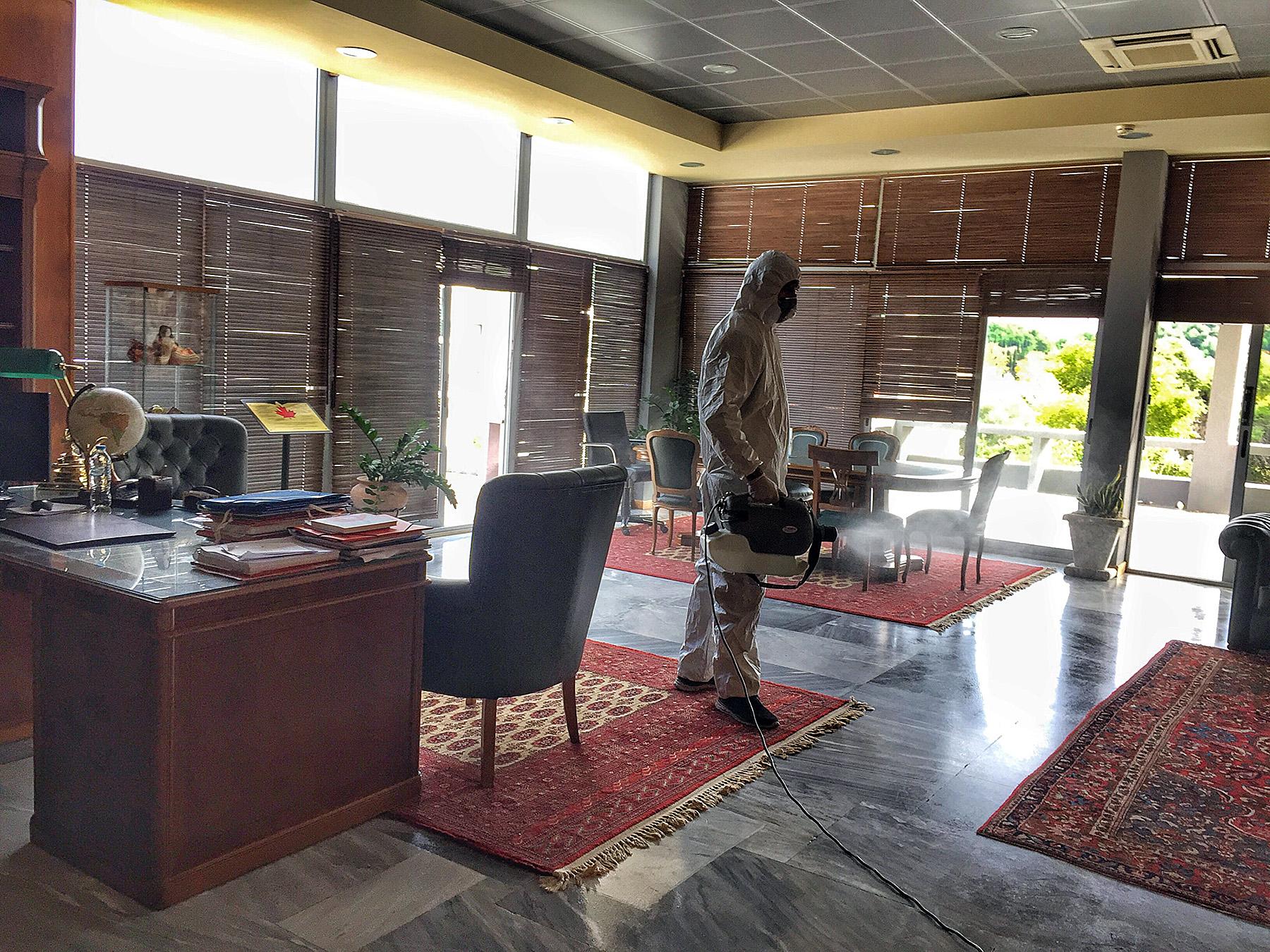 Δήμος Αρχαίας Ολυμπίας: Άμεσα μέτρα αντιμετώπισης σε υποψία κρούσματος Covid-19 - Απολύμανση στο Δημαρχείο που έμεινε σήμερα κλειστό