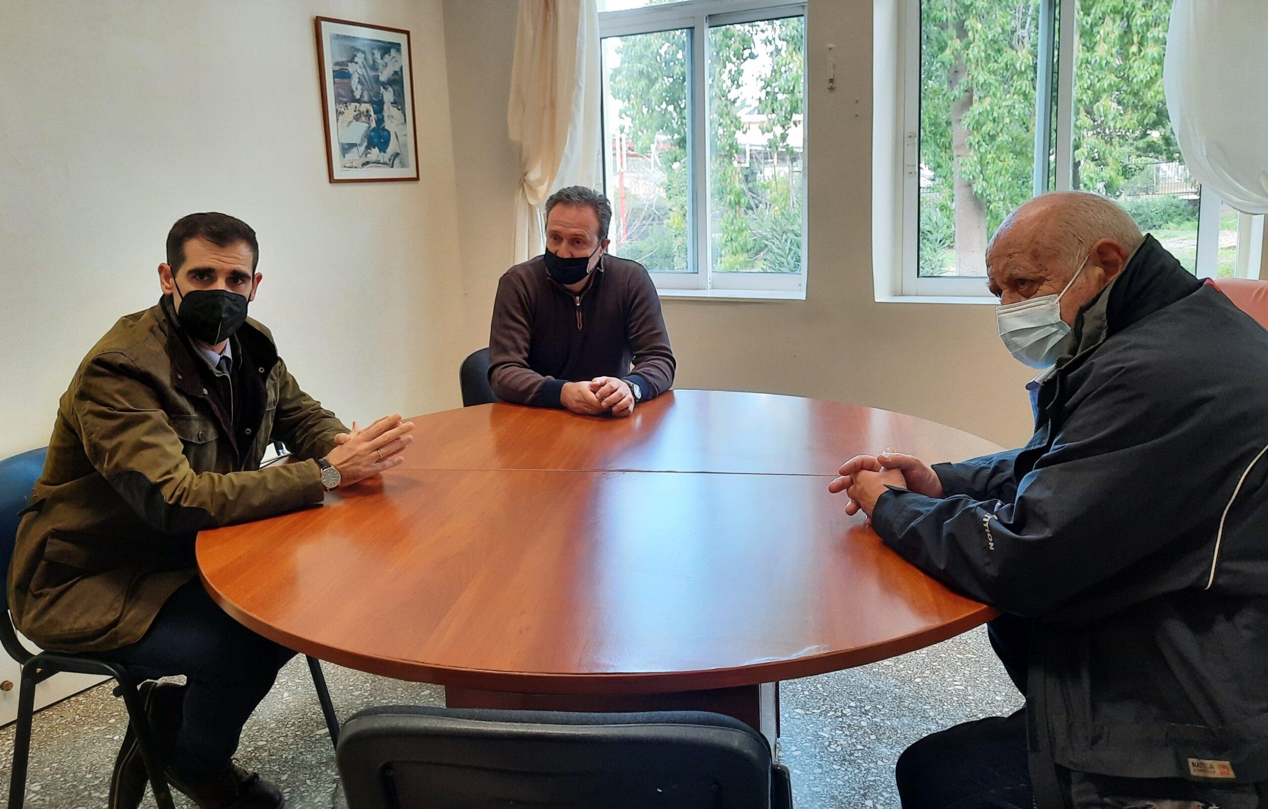 Ο Αντιπεριφερειάρχης Π.Ε Ηλείας Β. Γιαννόπουλος στην εθελοντική αιμοδοσία στα Κρέστενα (photos)