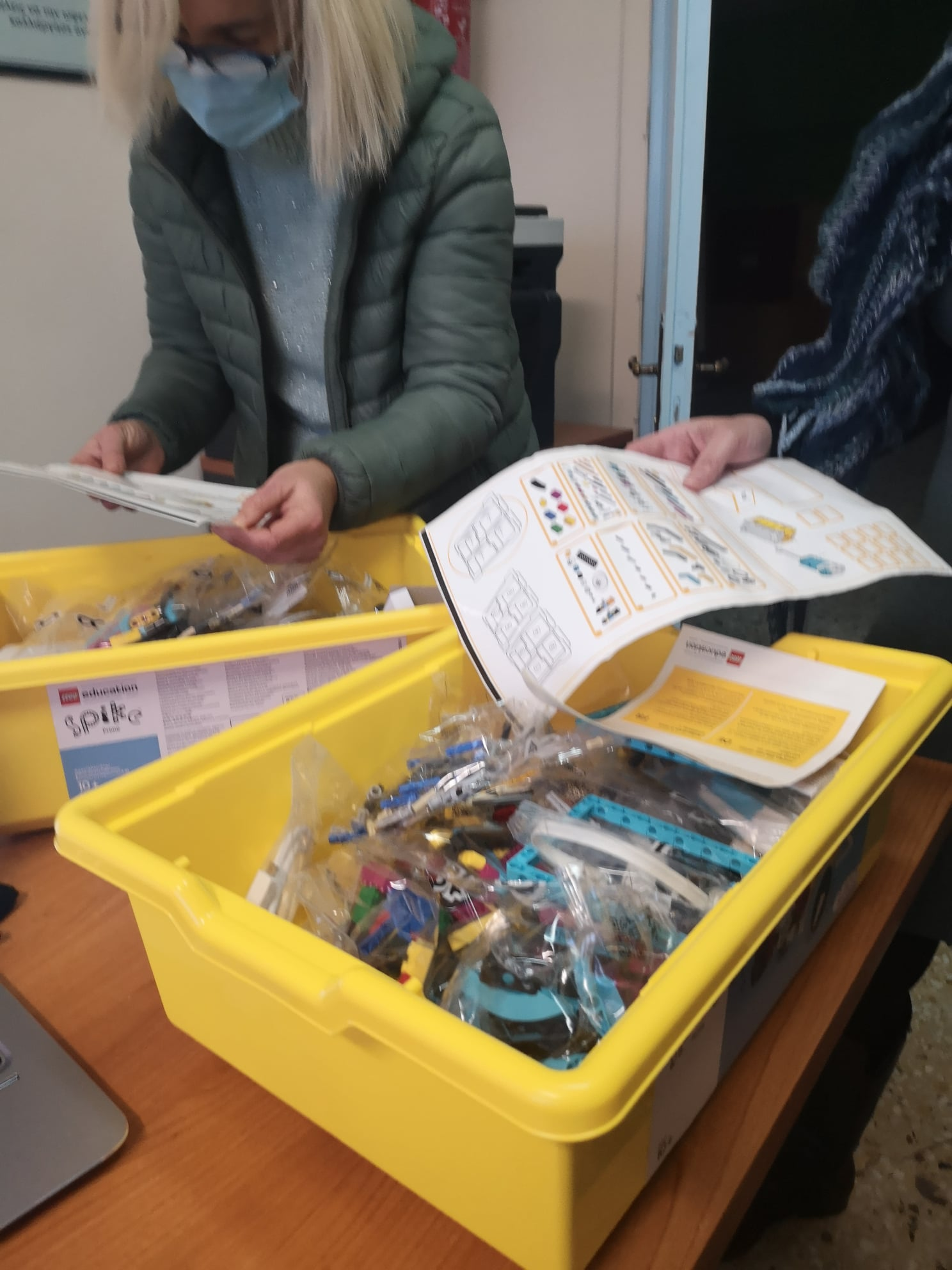 Δημοτικό Σχολείο Σκουροχωρίου: Πρόγραμμα Ρομποτικής και STEAM FLL – GAME CHANGERS (photos)