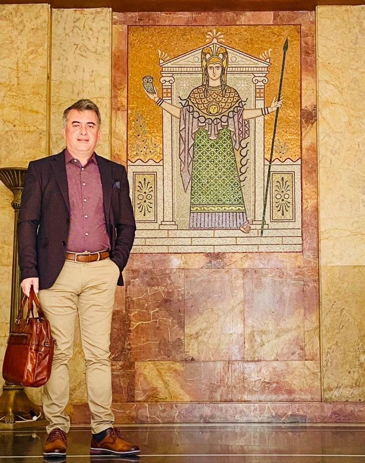 Στην κορυφή της Ακαδημαϊκής Εκπαίδευσης ο Δημήτρης Κωνσταντόπουλος!