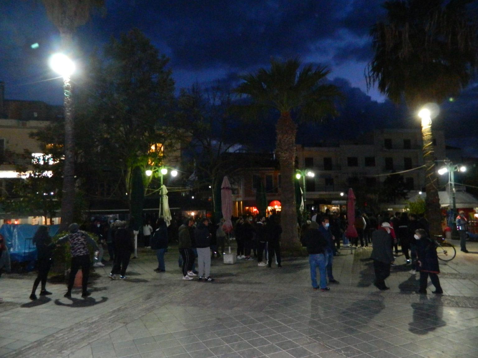 Αμαλιάδα: Συγκέντρωση και πορεία από εκατοντάδες πολίτες ενάντια στην αστυνομική βία