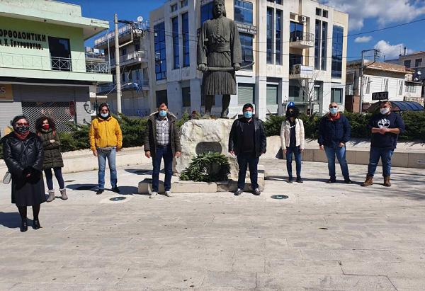 Πύργος: Αντιπροσωπεία της Τ.Ο. Ηλείας του ΚΚΕ κατέθεσε στεφάνι στο άγαλμα του Θεόδωρου Κολοκοτρώνη στα πλαίσια της 200ης επετείου της Επανάστασης του 1821