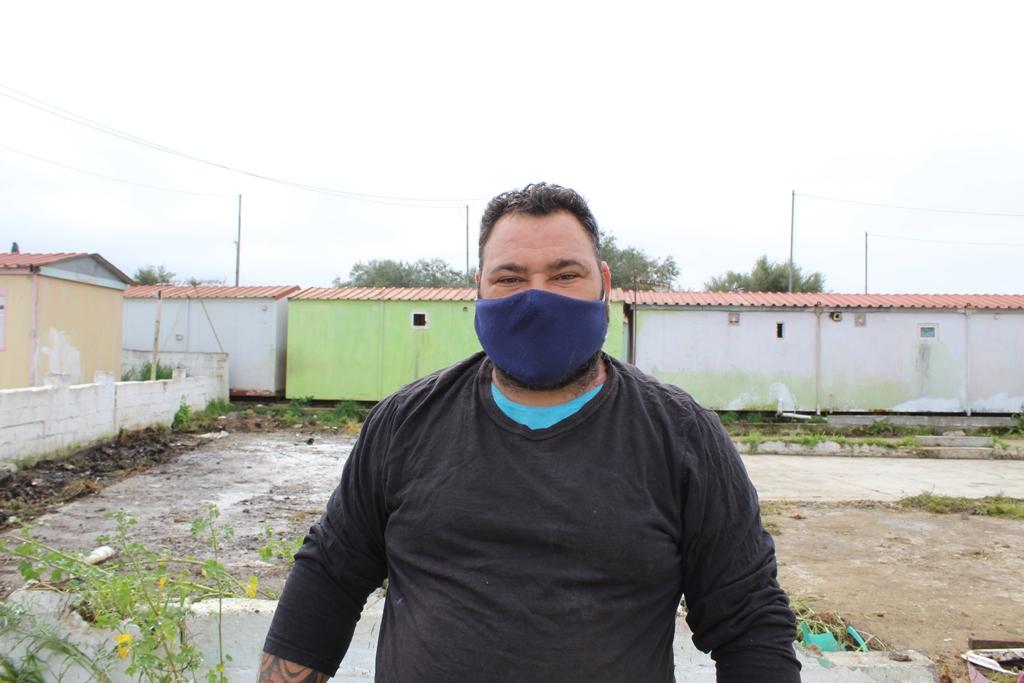 Αμαλιάδα: Την αδιαφορία της Δημοτικής Αρχής Ήλιδας για τις 32 οικογένειες Τσιγγάνων στα Τσιχλέικα κάλυψε ο Δημήτρης Κωνσταντόπουλος (photos)