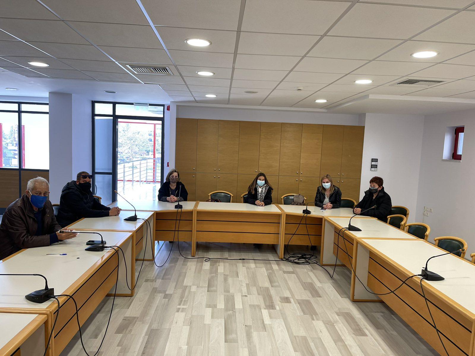 Δήμος Ήλιδας: Ξεκινά η λειτουργία του Κοινωνικού Παντοπωλείου και της Παροχής Συσσιτίου