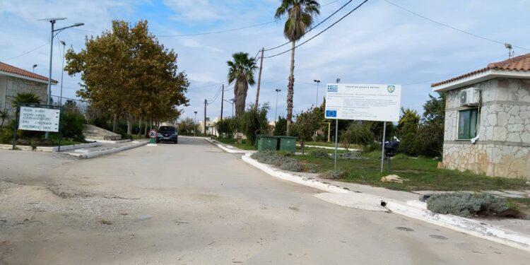 Ηλεία: Σχεδιάζουν να μεταφέρουν τους 182 μετανάστες που εντοπίστηκαν σε σκάφος από την Καλαμάτα στη δομή της Μυρσίνης; – Ανησυχία από επιβεβαιωμένα κρούσματα Covid- Τι αναφέρει ο Ανδρέας Αποστολόπουλος, πρόεδρος της ΤΚ Μυρσίνης