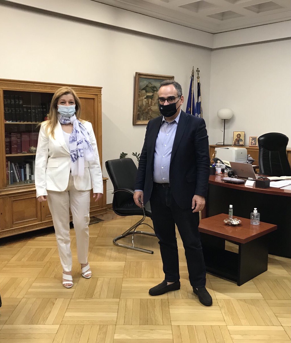 Αυγερινοπούλου: Με νομοθετική ρύθμιση η οριστική λύση για τα κενά θέσεων ιατρών στα νοσοκομεία της Ηλείας- Εφ' όλης της ύλης συνάντηση με Κικίλια, Κοντοζαμάνη και Κωτσιόπουλο