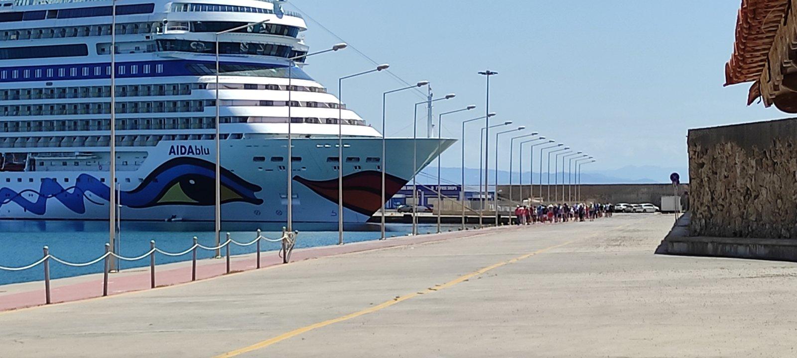 Πύργος: Κάθοδος επιβατών από κρουαζιερόπλοια σήμερα στο Κατάκολο (photos)