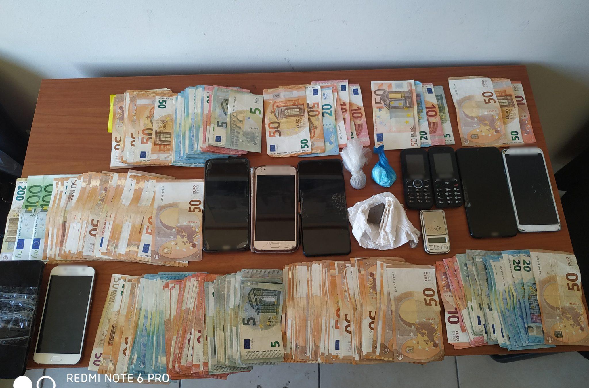 """Ηλεία: Εξαρθρώθηκαν 2 σπείρες διακίνησης ναρκωτικών - Στη """"φάκα"""" των ανδρών της ΕΛ.ΑΣ. 7 άτομα συνολικά- Πώς δρούσαν οι σπείρες με κέρδη 140.000 ευρώ- Η ανακοίνωση της ΕΛ.ΑΣ (photos)"""