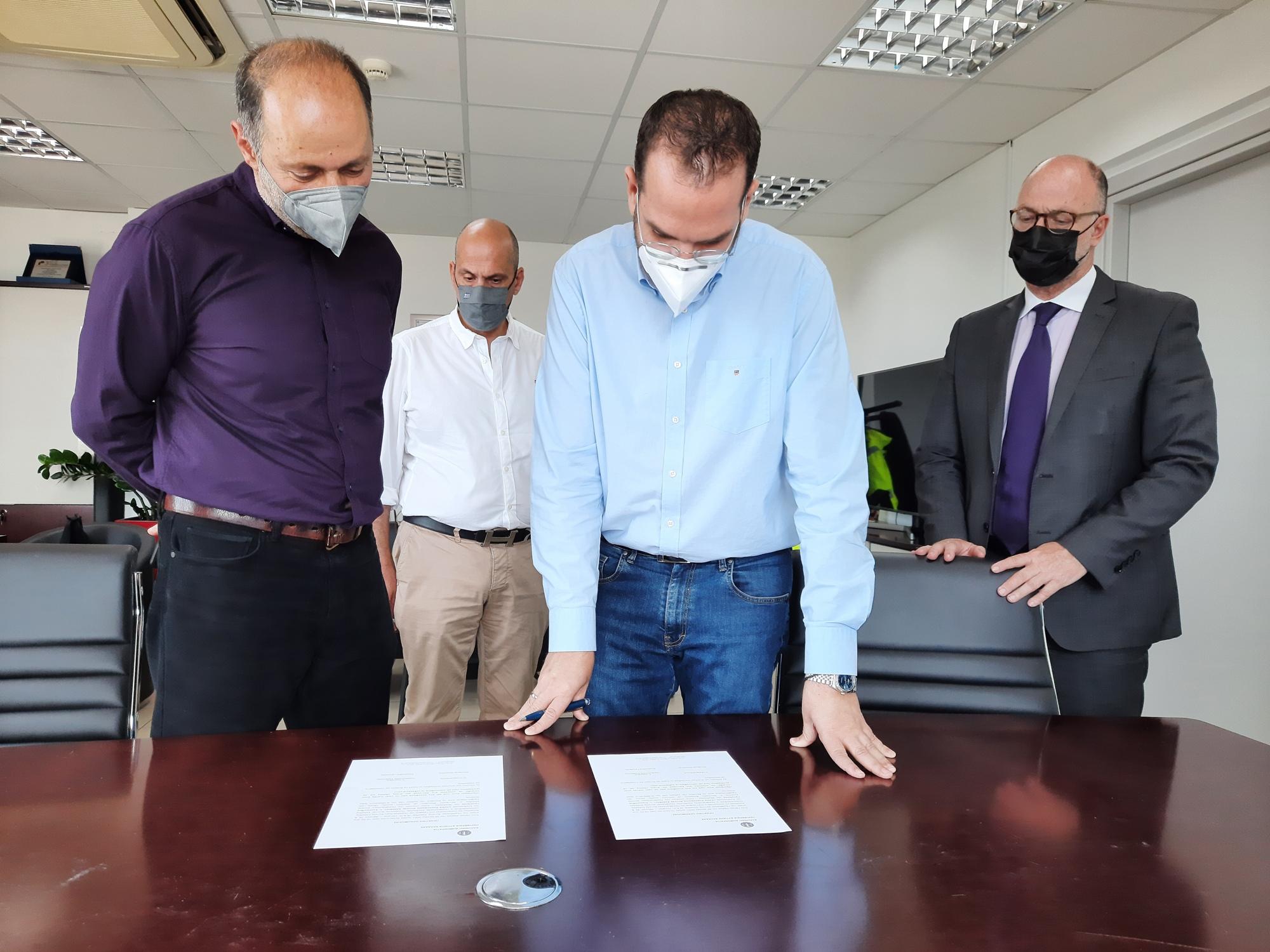 ΠΔΕ: Ορκωμοσία νέου περιφερειακού συμβούλου