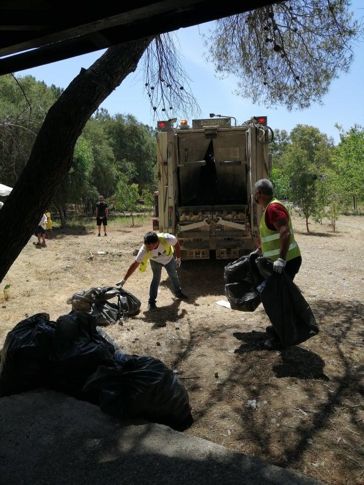 """Δήμος Πύργου: Γιορτή καθαρισμού και φροντίδας στο Αλσύλλιο Σπιάντζας- Αντωνακόπουλος:""""Έχουμε ηθική υποχρέωση προς τις επόμενες γενιές να παραδώσουμε ένα καλύτερο περιβάλλον"""" (photos)"""