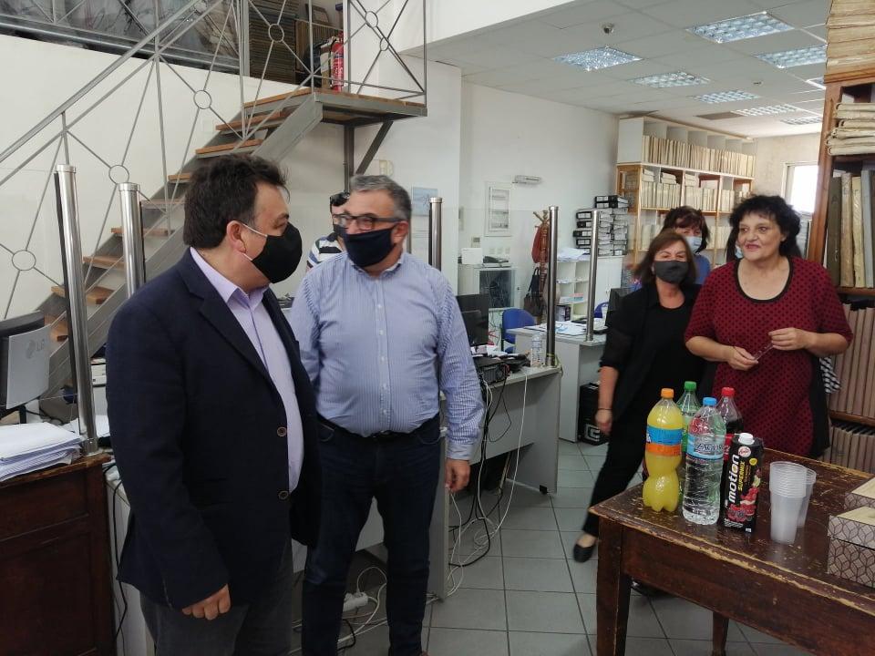 Ο Δήμαρχος Πύργου καλωσόρισε τη «νέα εποχή» του Υποκαταστήματος του Κτηματολογικού Γραφείου Δυτ. Ελλάδας - Μέσω του νέου Γραφείου μπαίνουν στην ψηφιακή εποχή τα πρώην υποθηκοφυλακεία Πύργου και Ολυμπίας (photos)