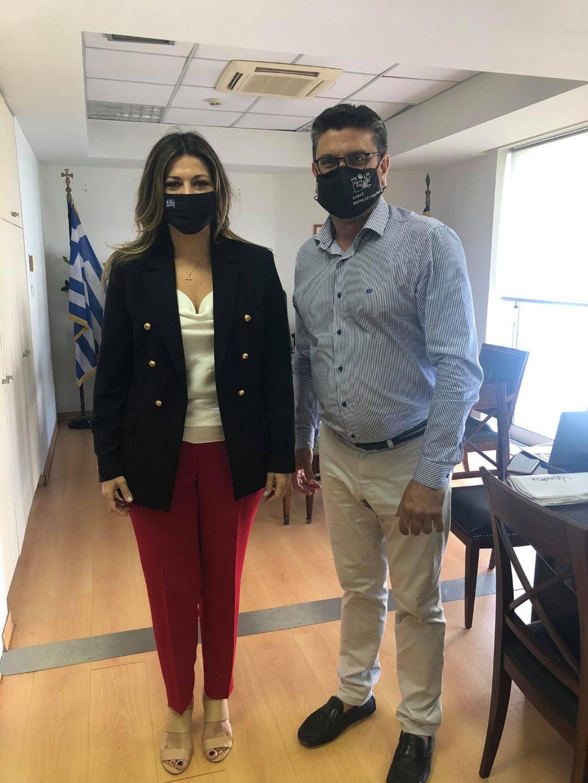 Συνάντηση Δημάρχου Ανδραβίδας-Κυλλήνης Γιάννη Λέντζα με την Υφυπουργό Τουρισμού Σοφία Ζαχαράκη