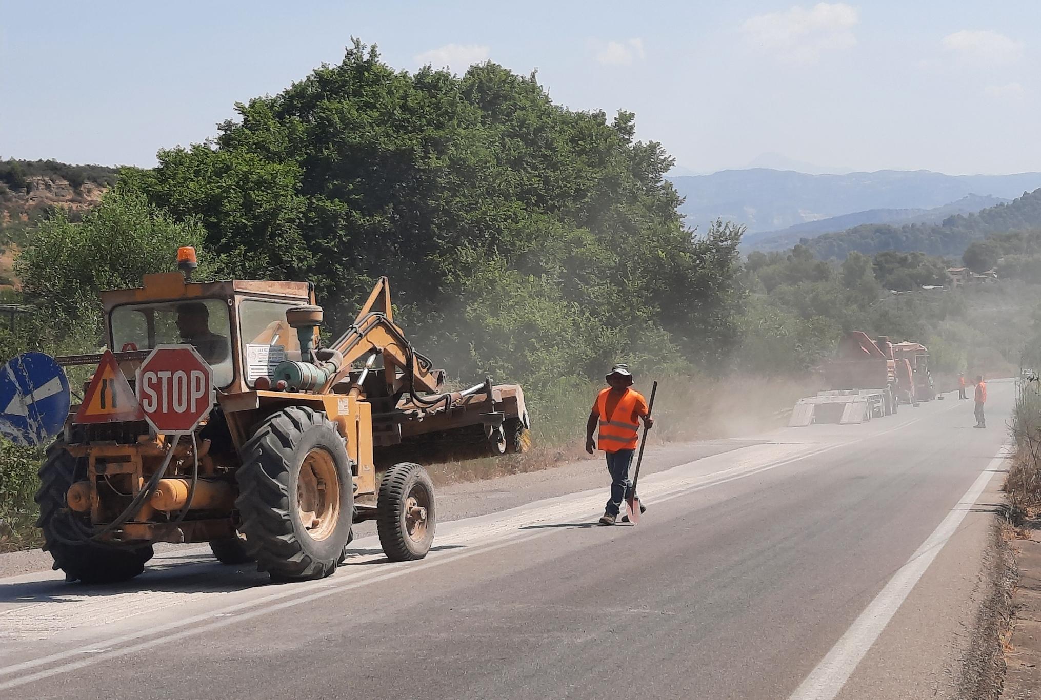 Π.Ε Ηλείας: Ολοκληρώνονται από τη Διεύθυνση Τεχνικών Έργων οι παρεμβάσεις αντιμετώπισης απρόβλεπτων προβλημάτων οδικής ασφάλειας (photos)
