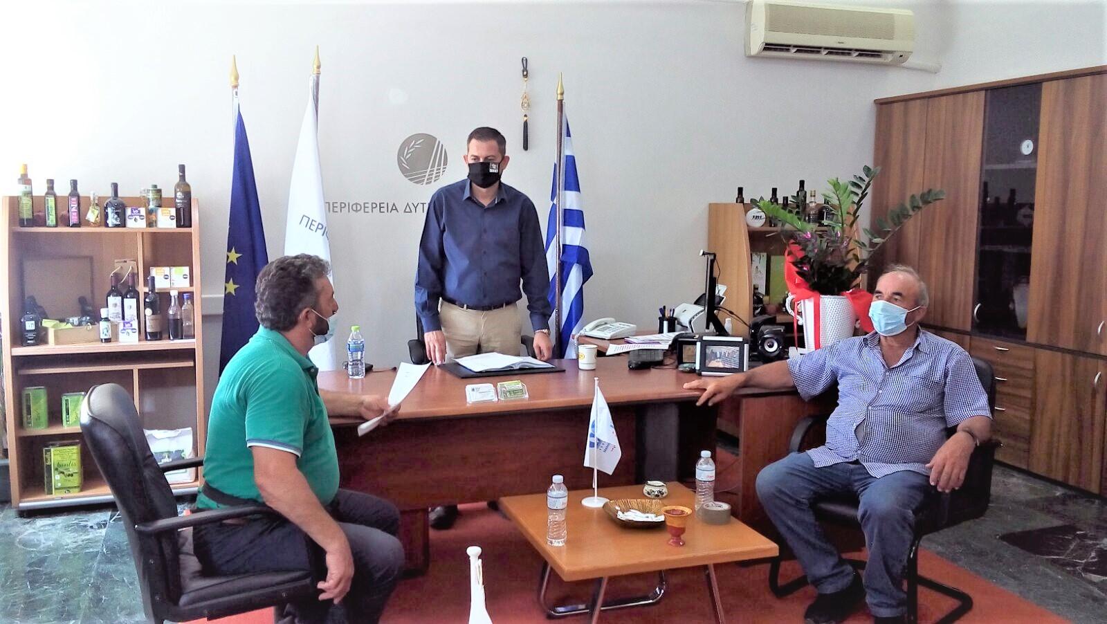 «Θα απαιτήσουμε ουσιαστικά μέτρα για την σταφίδα»- Συνάντηση Αντιπ/άρχη Αγροτικής Ανάπτυξης Θεόδωρου Βασιλόπουλο με εκπροσώπους της Ομοσπονδίας Αγροτικών Συλλόγων Ηλείας (ΟΑΣΗ)