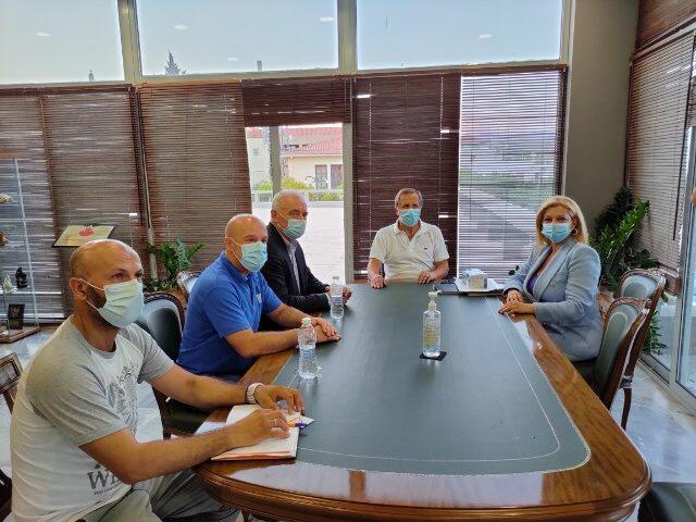 Επίσκεψη Αυγερινοπούλου στο Δήμο Αρχαίας Ολυμπίας για την ανασυγκρότηση των πυρόπληκτων περιοχών