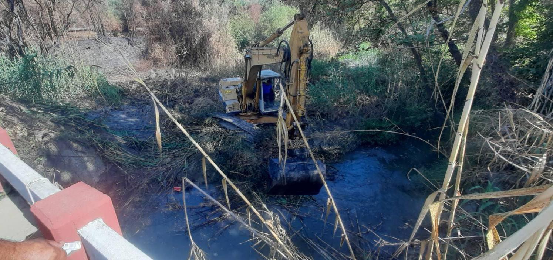 Καθαρισμοί υδατορεμάτων και ποταμών στην Π.Ε Ηλείας (photos)