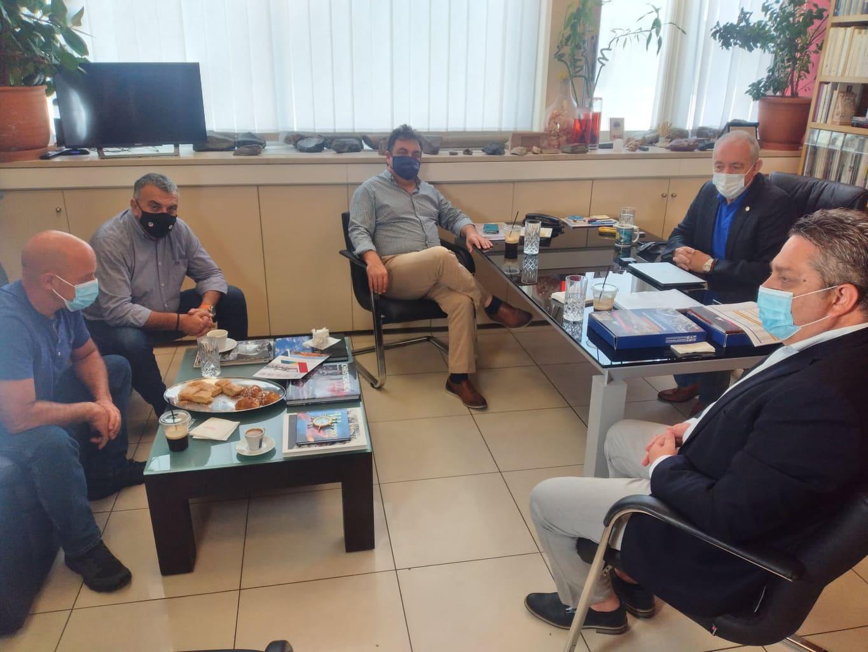 Συνάντηση Δημάρχου Πύργου με τον καθηγητή Ευθύμη Λέκκα για τις πρώτες εκτιμήσεις των πληγεισών περιοχών-Παν. Αντωνακόπουλος: «Δεν υπάρχει περιθώριο καθυστέρησης για την αντιπλημμυρική θωράκιση»